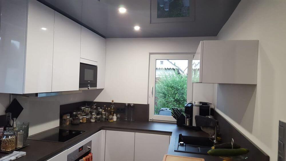 Spanndecke in der Küche - BAGU TEC Spanndecken & Lichttechnik